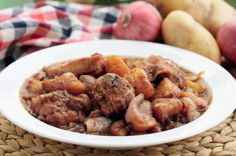 Potato & Chicken Stew 荷兰薯焖鸡
