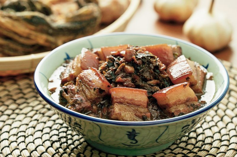 Braised Pork Belly with Mei Cai 梅菜焖五花肉