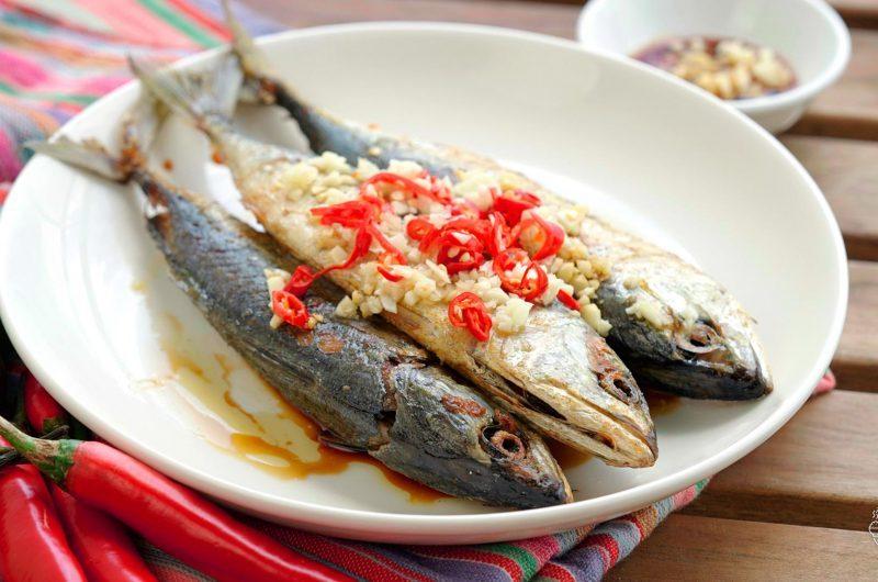 Fried Marinated Fish 煎自制熟鱼